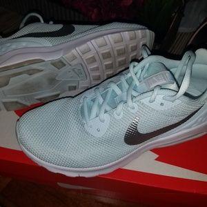 Nike Air Max Motion SE 8.5 Womens